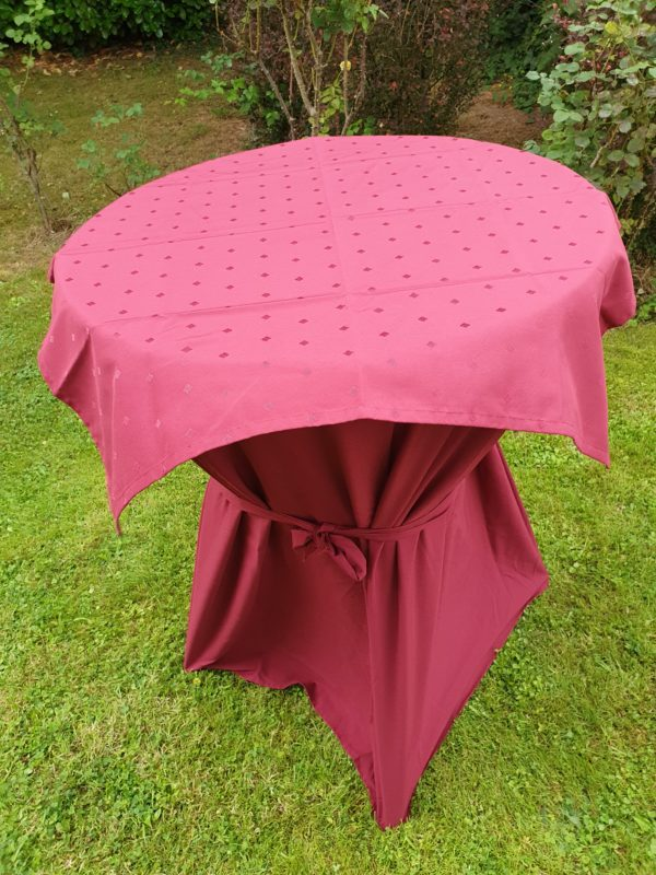 mange-debout-event4me-table-reception-mariage-drink-reception-table haute-nappe